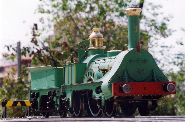 Maqueta de la locomotora Mataró