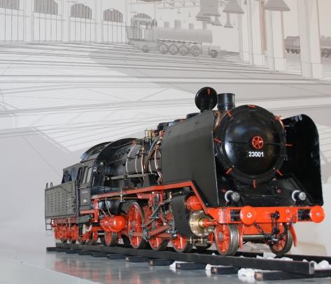 Maqueta de la locomotora Alemanya 23001