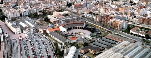 Imatge aèria del Museu amb l'UPC al seu costat