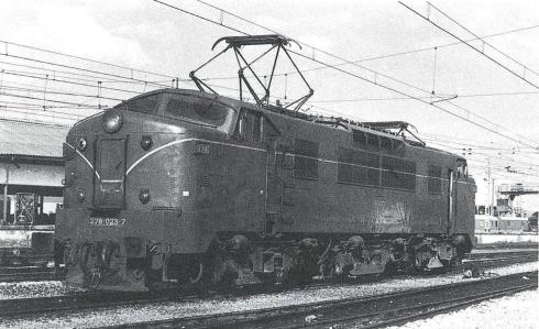 Panchorga 7823 a l'estació de Madrid-Atocha. Imatge C. Salmerón (1978).